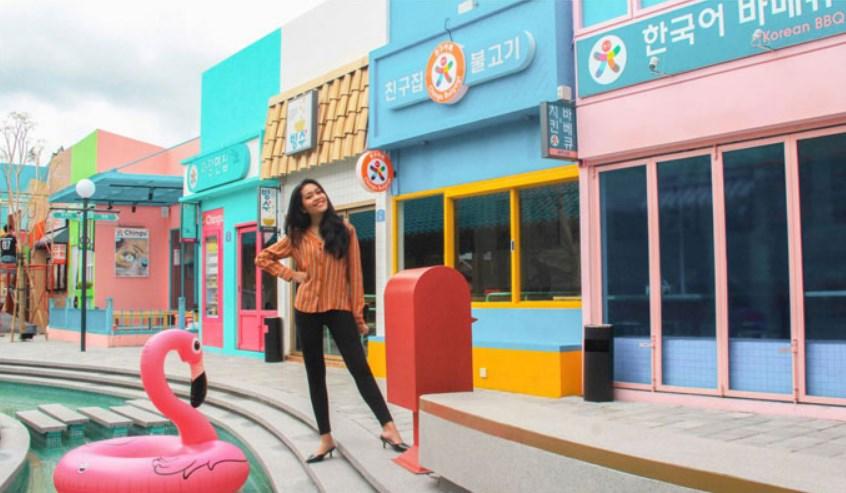 Konsep Korea Chingu Cafe Bandung
